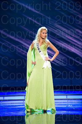 estonia Miss Universo 2009: Inspirações para vestidos de madrinha e noiva