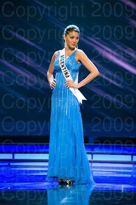 argentina1 Miss Universo 2009: Inspirações para vestidos de madrinha e noiva