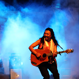 Dance in the Lights by Sandeep Nair - People Musicians & Entertainers ( lights, performer, singer, guitar, stage, smoke )