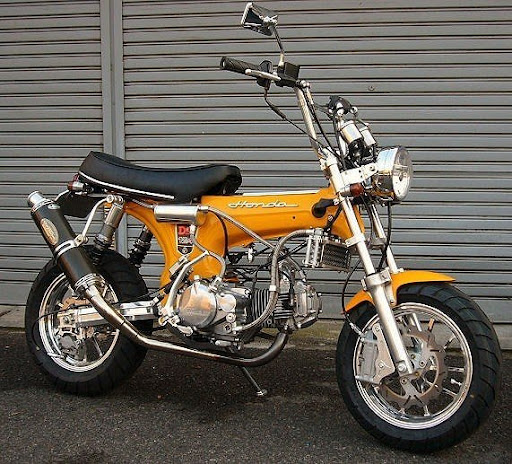 Foto Unik : Modifikasi Motor Honda Moped