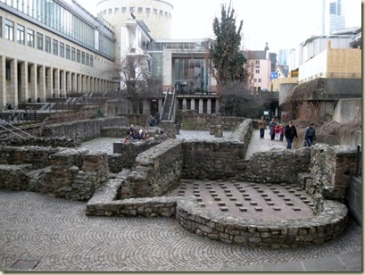 04 Archaeological Garden & Roman ruins Frankfurt Germany (800x600)