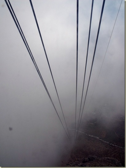 16 Going down in cable thru cloud Table Mt NP Cape Peninsula ZA (768x1024)