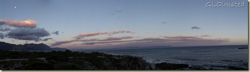 04 Moon & sunset Walker Bay Hermanus Western Cape ZA pano (1024x290)