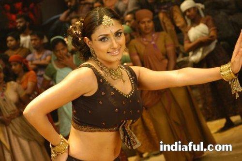 http://lh5.ggpht.com/_561gP6TDhvA/S23SB8vYKZI/AAAAAAAAi40/q4JCdO1oNFg/actress.malavika.malavika-hot-stills-005.jpg