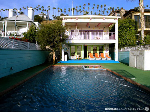extremely colorful beach house decorating style