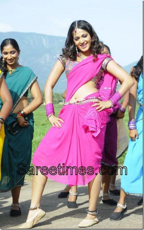 Anushka_Pink_Saree