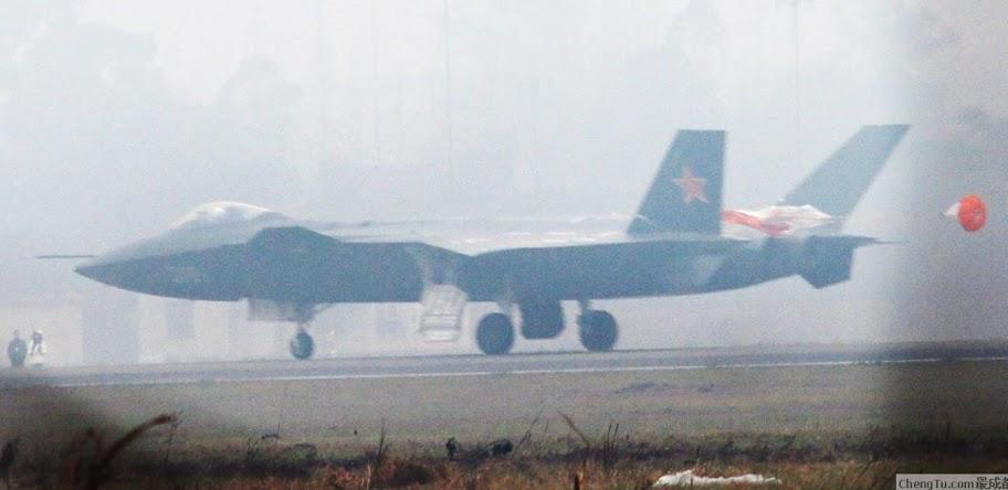 Más detalles del Chengdu J-20 Kkk