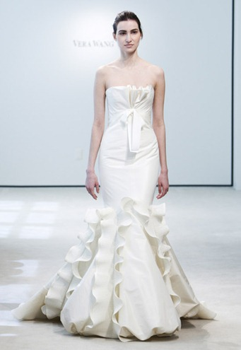 vera-wang-white-mermaid-fall-wedding-dresses-4