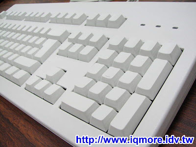Cherry G80-3000 LSCXX 白無刻印青軸機械式鍵盤評測