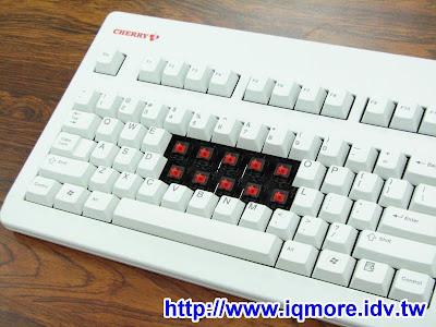 Cherry G80-3494 LYCUS-0 白色赤軸(紅軸)機械式鍵盤評測