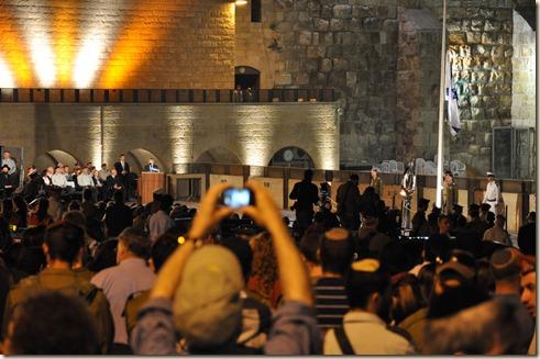 Memorial Day--Shimon Peres speaking