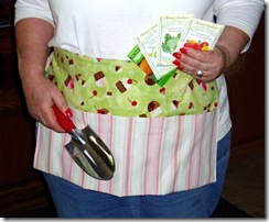 busy bee apron swap