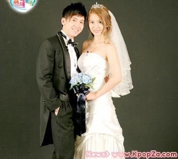 Brian และ HwangBo เปิดเผยภาพถ่ายชุดแต่งงาน