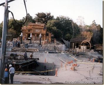 Fantasmic! Construction