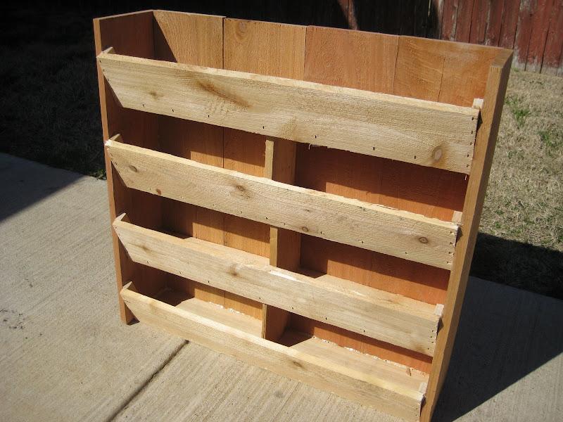 how to build a strawberry planter box