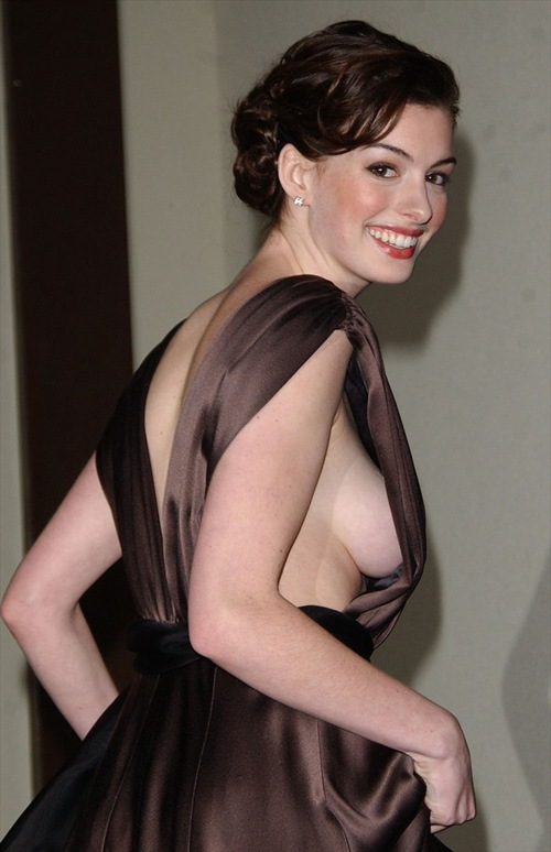 Hot_actress_anne_Hathaway_photo_2