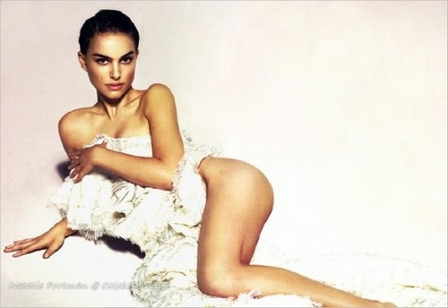 Oscer winner Natalie Portman hot photos 10