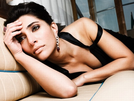 Caterina Murino latest hot photos 6