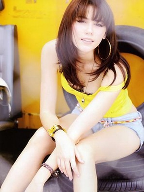 Choompoo_Araya_Thai_hot_actress_10