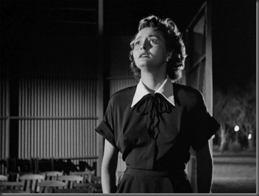 Patricia Neal as Helen Bensen in 'The Day The Earth Stood Still, ' the 1951 science fiction movie directed by Robert Wise. Initial theatrical release on September 28, 1951. Screen capture. © 1951 Twentieth Century Fox. Credit:  © Twentieth Century Fox / Flickr / Courtesy Pikturz.  Image intended only for use to help promote the film, in an editorial, non-commercial context.