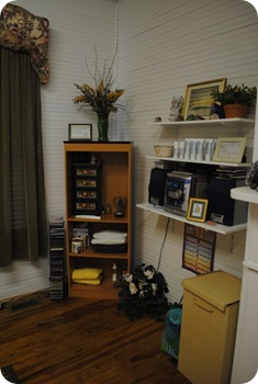 Stereo/bookshelf