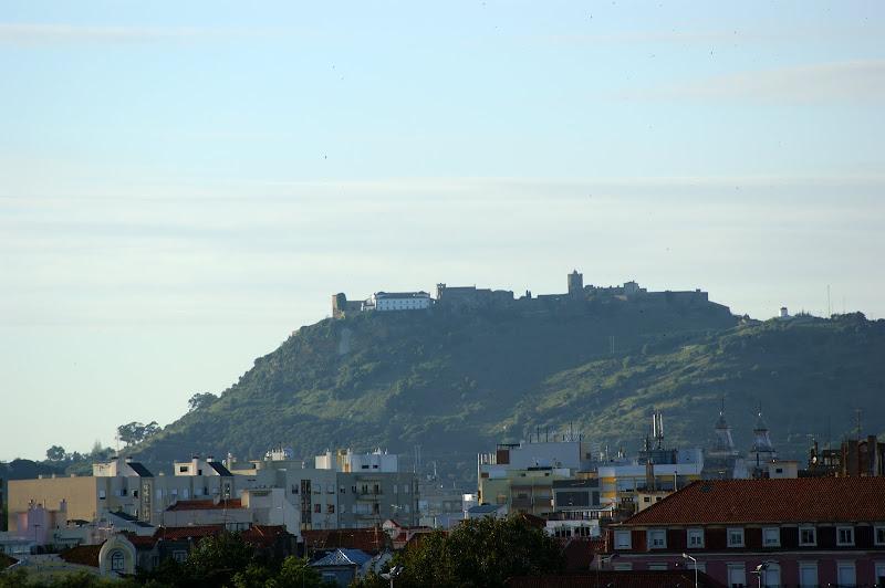 Castelo de Palmela Visto desde o Rio Sado