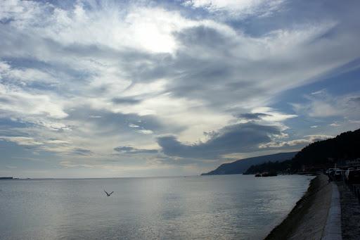 As nuvens, o Sado e a serra da Arrábida