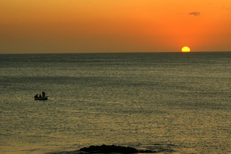 O pôr do sol na praiinha, Cabo Verde