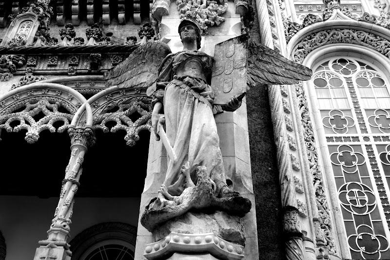 Palácio do Buçaco, o anjo