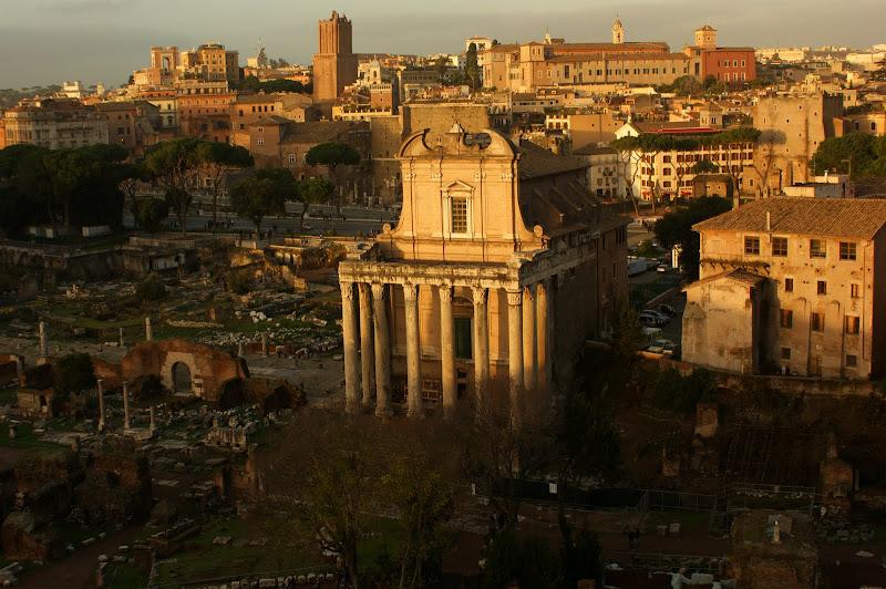 Fim de tarde com vista para a Roma antiga