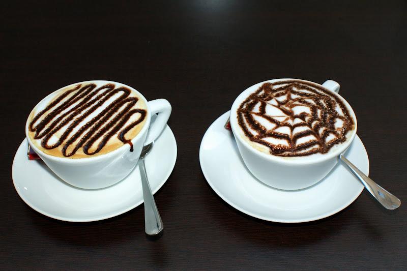Capuccino em Roma, arte em Café