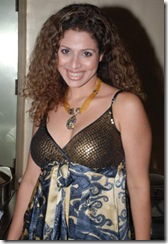 Karisma Kapoor Juhi Parmar Tanaz Currim (21)