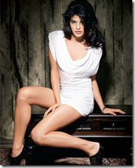 Jacqueline Fernandez is RED HOT in the December 2009 issue of FHM Magazine…