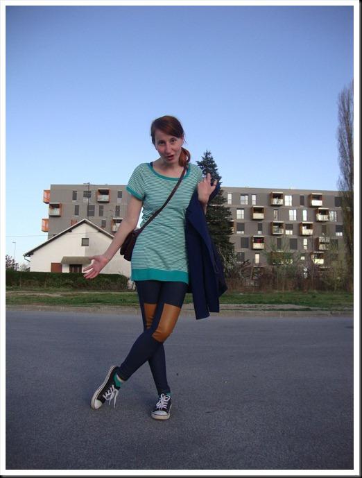 H&M leggings & tee; secondhand blazer & bag; Ali Star shoes (1)