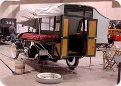 1920s-camper (Small)