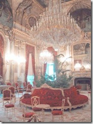 Room_of_the_Louvre_museum (Small)