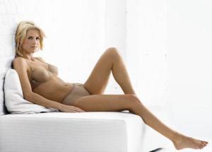 Hot plus size women nude masterbating