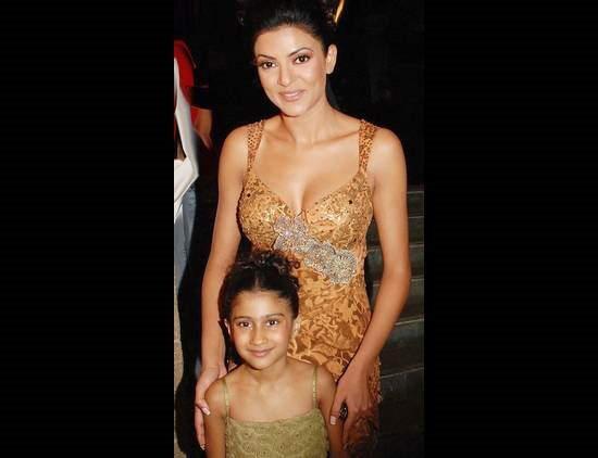 Kids of Bollywood Stars: Ajay Devgan and Kajol, Shahrukh Khan, Akshay and Twinkle Khanna, Saif Ali Khan, Sri Devi and Boney Kapoor, Aamir Khan, Anil Kapoor...