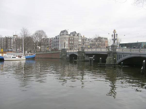 Travel Shot - Amsterdam