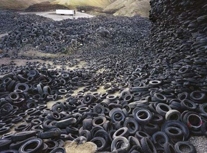 Tires Cemetery... a huge pile of tire waste!!!
