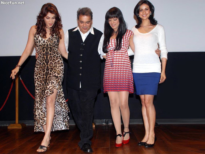 BollyWood Mixed Masaala: Celena, Isha, Deepika, Ranbhir