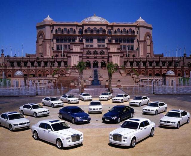 Pics of U.A.E Sultan's Palace...