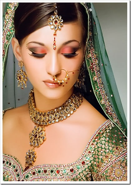 Indian bridal makeup, jewellery & bridal dress