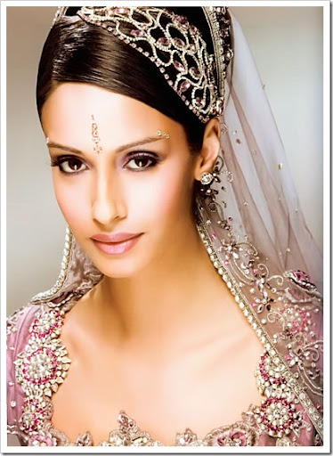 Indian20bridal20makeup20jewellery20&amp20bridal20dress201 thumb5B15D - Dress And Makeup of the day 24 Mar 10