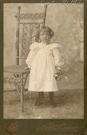 Extra Child with Flowers