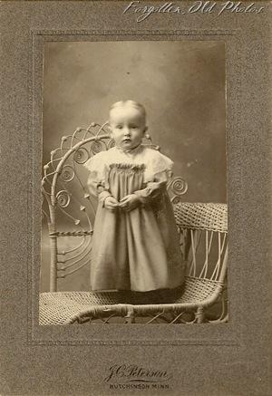 Iola Robbins