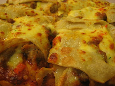 A closer look at Pizza Hut Viva Lasagna Pizza