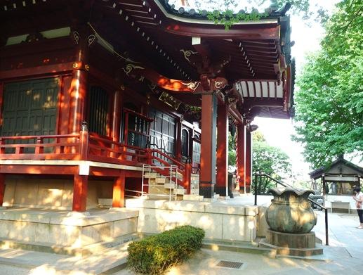 templo  Matsuchiyama Shoden pessoa rezando 1