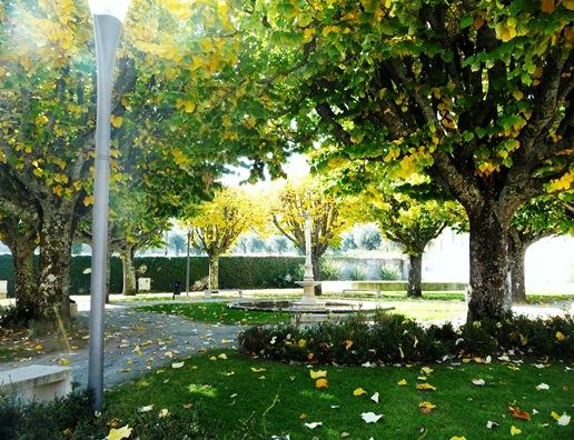 8. Fundão - Largo Espirito Santo - praça