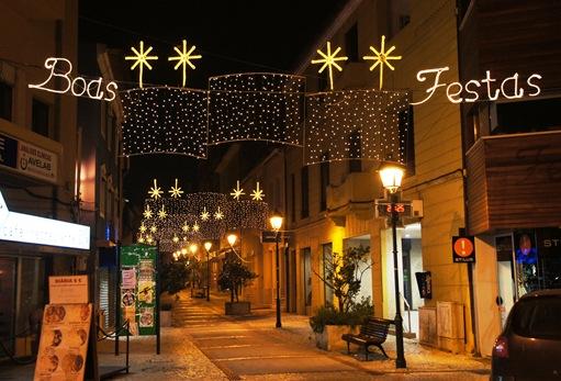 Agueda - Natal - rua Luis Camões - boas festas